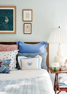 new ideas apartment bedroom ideas for couples budget pillows Cozy Bedroom, Bedroom Apartment, Master Bedroom, Bedroom Decor, Bedroom Ideas, Blue Bedroom, Bedroom Simple, Bedroom Girls, King Bedroom
