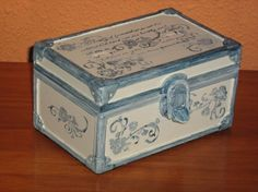 Decorative Boxes, Blog, Home Decor, Stamps, Blue Nails, Crates, Paintings, Furniture, Life