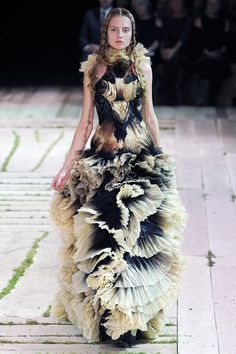 Wow! Doesn't it look like something Princess Leia would wear? #AlexanderMcQueen