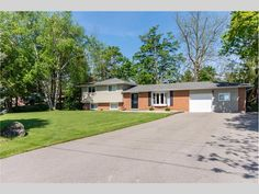 9370 Erin Halton Townline, Ballinafad, ON Canada Home List, Bay Window, Open Concept, Living Area, Layout, Windows, Mansions, House Styles, Outdoor Decor