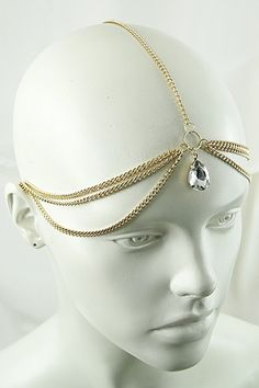 Gold Head Chain Faux gold and rhinestone head chain. Gold Head Chain Faux gold and rhinestone head chain. Indian Head Jewelry, Head Chain Jewelry, Face Jewellery, Royal Jewelry, Gold Jewelry, Chain Headpiece, Chain Headband, Headpiece Jewelry, Hair Jewelry