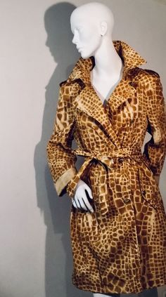 Rare Vintage Escada Animal Print Trenchcoat/ Raincoat in Clothing, Shoes, Accessories, Vintage, Women's Vintage Clothing Vintage Ladies, Vintage Outfits, Wrap Dress, Raincoat, Chic, Clothing, Jackets, Animals, Accessories