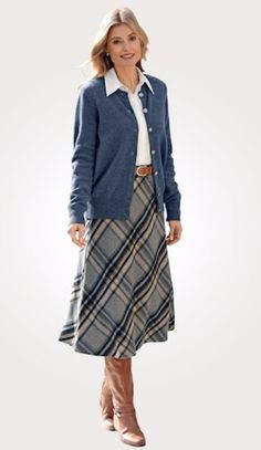 Erhältlich im online shop von mona.de mit 5% Cashback für KGS Partner Dressy Casual Dress Code, Im Online, Feminine Style, Real Women, Dress Codes, Classic Style, Modeling, Paisley, Midi Skirt