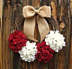 Candy Cane Christmas Wreath - Hydrangea Wreath - Holiday Wreath - Christmas Decoration - Door Wreath- Holiday Decor on Etsy, $50.00