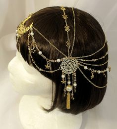 head accessories Made to order: Milky Way Head-chain Chain Headband, Chain Headpiece, Headpiece Jewelry, Head Jewelry, Hair Chains, Glitter Fashion, Circlet, Wedding Hair Accessories, Head Accessories
