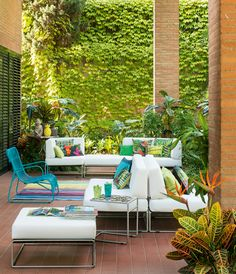 Living in the Garden Club Tropicana, Summer Paradise, Outdoor Ideas, Outdoor Decor, Sun Lounger, Terrace, Outdoor Furniture Sets, Indoor, Elegant