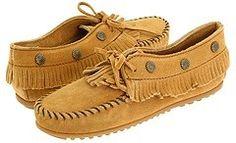 Minnetonka - Fringed Moc (Tan Suede) - Footwear