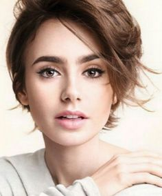 Lily Collins | Fashion Makeup | Editorial Makeup | Makeup Ideas | Makeup Looks | Make Up | Beauty | Personal Style Online | Online Fashion Stylist | Mom Boss | Fashion For Working Moms & Mompreneurs