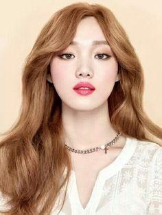 8 tricks from top korean model lee sung kyung for the best k-beauty Korean Beauty, Asian Beauty, Korean Makeup, Lee Sung Kyung, Korean Fashion Trends, Korea Fashion, Korean Celebrities, Korean Actresses, Korean Actors