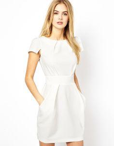 Closet – Kleid mit Rückenschnürung und Taschen