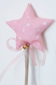Craft Projects, Projects To Try, Star Wand, Crayon Roll, Fairy Wands, Fabric Gifts, Mardi Gras, Glitter Fabric, Baby Play