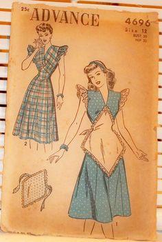 1940s WW2 Vintage Housedress Apron Advance Pattern