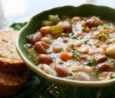 Italian Food Forever » Tuscan Country Bean Soup