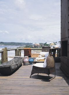 home of architect Alejandra Galvalisi. It's located in Punta del Este, Uruguay