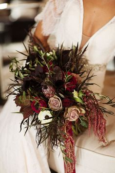 Gallery - A Late Fall Wedding Inspiration With Vintage Vibes Lily Bouquet Wedding, Yellow Wedding Flowers, Fall Wedding Bouquets, Fall Wedding Decorations, Wedding Flower Arrangements, Bridesmaid Flowers, Flower Bouquets, Yellow Flowers, Floral Arrangements