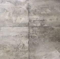 Estuco hormigón. Acabado de hormigón en las paredes. Imitación hormigón