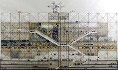 Elévation de la façade du Centre Pompidou présentée au concours et du mur d'information en 1971