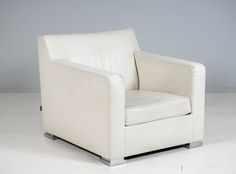 Ligne Roset, made in France, nahkaverhoilu. Ligne Roset, Armchair, France, Furniture, Home Decor, Sofa Chair, Single Sofa, Decoration Home, Room Decor