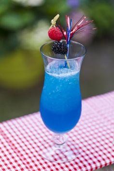 Sparkling Blue Vodka Lemonade