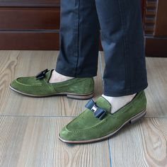 Aliexpress.com   Buy 2017 Smart Genuine Leather Mens Casual Green Loafers  Slip On Cow Suede Leather Man Formal Wedding Party Dress Shoes Flats D966 3  from ... b016594b9f1