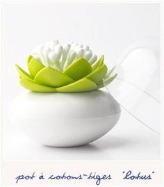Lotus bud - green