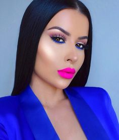 5.4m Followers, 872 Following, 3,287 Posts - See Instagram photos and videos from Amra Olević | Artist (@amrezy)