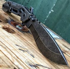 Knife, guns, weapons, self defense, protection, 2nd amendment, America, firearms, munitions #guns #weapons
