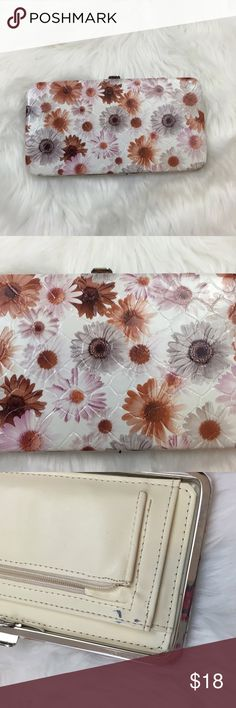 9️⃣Darling Daisy Clasp Wallet Used a few times.  Damage as seen in pictures.  In good condition Bags Wallets