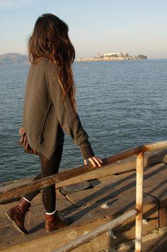 Her hair...her sweater...her leggings....her boots....AHHHHHH!!!