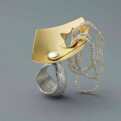 Johanna Dahm, ring, Enhancement, 2012, silver, gold, pearls made in the casting technique of the African Ashanti and Indian Dokra,