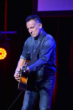 Bruce Springsteen Photos Photos - Bruce Springsteen performs on stage during 10th Annual Stand Up For Heroes at The Theater at Madison Square Garden on November 1, 2016 in New York City. - 10th Annual Stand Up for Heroes - Show