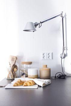 pieni-talo-helsingissa-tolomeo-valaisin-keittio-5.jpg 890×1335 pikseliä