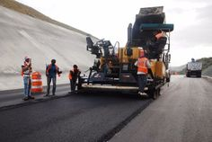 Gobierno invierte 600 millones de pesos en carretera Azua-Barahona