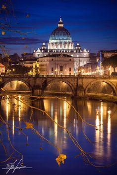 Rome, Saint Peter's basilica and the Tiber River