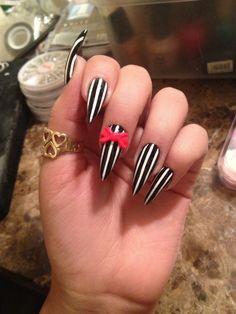 Amazing Stiletto Nail Design #stilettonail #stiletto #nail #nails #naildesign #easynaildesign