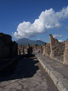 Pompeii  #monogramsvacation
