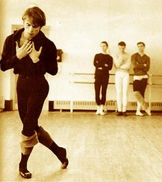 Learn more about Rudolf Nureyev ballet dancer and choreographer. The Rudolf Nureyev Foundation website is dedicated to Rudolf Nureyev's life and artistic work, his artistic legacy, choreographies and influence on ballet dance. Shall We Dance, Lets Dance, Rudolf Nurejew, Male Ballet Dancers, Ballet Boys, Ballet Class, Jazz, Margot Fonteyn, Actor
