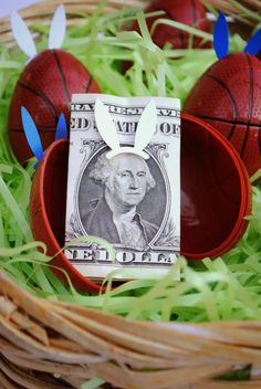 Easiest way to fill Easter Eggs, Bunny Money #easterbunny