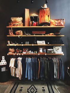 Nice 120 Brilliant Wardrobe Ideas For First Apartment Bedroom Decor roomadness. - The Home Decor Trends Diy Clothes Storage, Clothes Storage Ideas Without A Closet, Clothing Storage, Shelves For Clothes, Closet Ideas For Small Spaces, Storing Clothes, Clothing Racks, Apartment Bedroom Decor, First Apartment