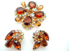 Amber Topaz Brooch and Earrings Unsigned Juliana by Justelechose