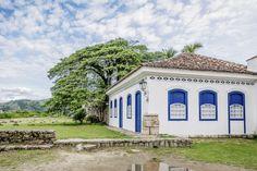 https://flic.kr/p/TvBjxj | Casas do Brasil | Uma elegante casa colonial na charmosíssima cidadezinha de Paraty.  Paraty, Rio de Janeiro, Brasil. Tenha um belo dia... :-)  ______________________________________________  Houses of Brazil  Elegant colonial house in the charming town of Paraty in the state of Rio de Janeiro.  Paraty, Brazil. Have a great day! :-)  ______________________________________________  Buy my photos at / Compre minhas fotos na Getty Images  To direct contact me / Para…
