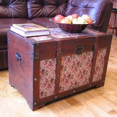 Savannah Floral Large Wooden Chest Steamer Trunk - Overstock™ Shopping - Big Discounts on Decorative Trunks