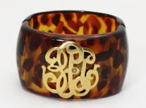 tortoise cuff w/monogram!   I NEED THIS!!!!!!!!!!!! Friends that are paying attention to my pins, please let Jay know this would be a GREAT MOMMYS DAY GIFT!!!!!!!