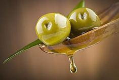 Olive juice - aids nerve functions and reduces oxidative stress Olive Juice, Natural Treatments, Natural Cures, Blood Sugar After Eating, Smoothies Detox, Olive Oil Bread, Low Sodium Diet, Fruit Photography, Colors