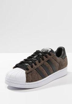 Heren adidas Originals SUPERSTAR WINTERIZED - Sneakers laag - black Zwart: € 79,95 Bij Zalando (op 8-4-16). Gratis bezorging & retournering, snelle levering en veilig betalen!