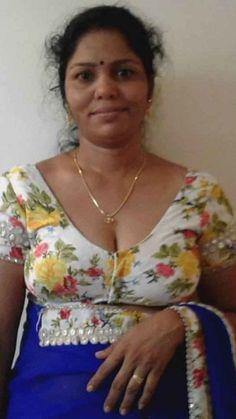 Beautiful Women Videos, Beautiful Women Over 40, Beautiful Women Pictures, South Indian Actress Hot, Beautiful Indian Actress, Beautiful Saree, Beautiful Roses, Beauty Full Girl, Beauty Women