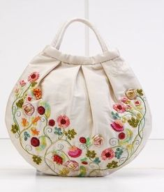 Handmade Bags and purses on Etsy - Caroline's Bag in White by atelierrococo Ribbon Embroidery, Embroidery Designs, Embroidery Purse, Embroidered Bag, Embroidered Flowers, Handmade Bags, Handmade Handbags, Etsy Handmade, Beautiful Bags