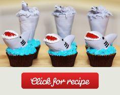 Sharknado Cupcakes - Nerdy Nummies - Shark Week A recipe by Rosanna Pansino (YouTube Channel)