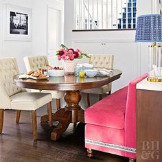 Dining Room Table with Banquette - Dining Room Table with Banquette, 25 Charming Kitchen Banquette Ideas Gorgeous Banquette Dining Banquette Bench, Kitchen Banquette, Kitchen Benches, Wooden Dining Tables, Dining Chairs, Wood Table, Arm Chairs, Farm Tables, Pink Chairs