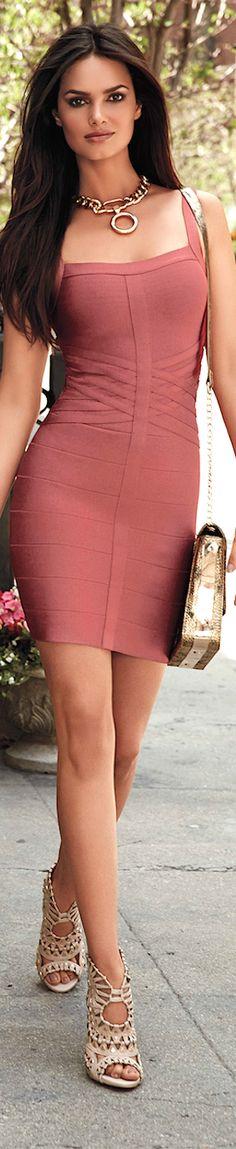 La mejor moda latina #fashion #moda #colombiana #latina en nuestra tienda online…